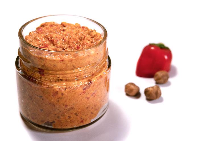 Paprika-Haselnuss-Aufstrich BIO im Glas